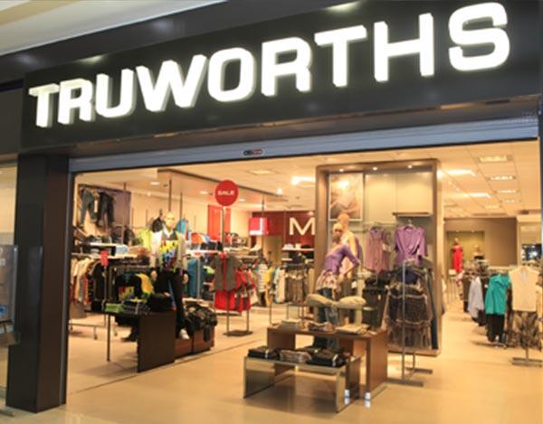 Window Dresser – Truworths Limited, Port Elizabeth